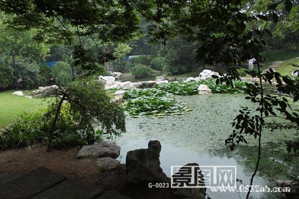 青岛百花苑公园风景(名人雕塑园-青岛万国公墓旧址)