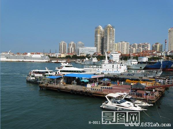 青岛八大峡旅游码头风光,海上天坛脚下是八大峡旅游码头,科学一号考察